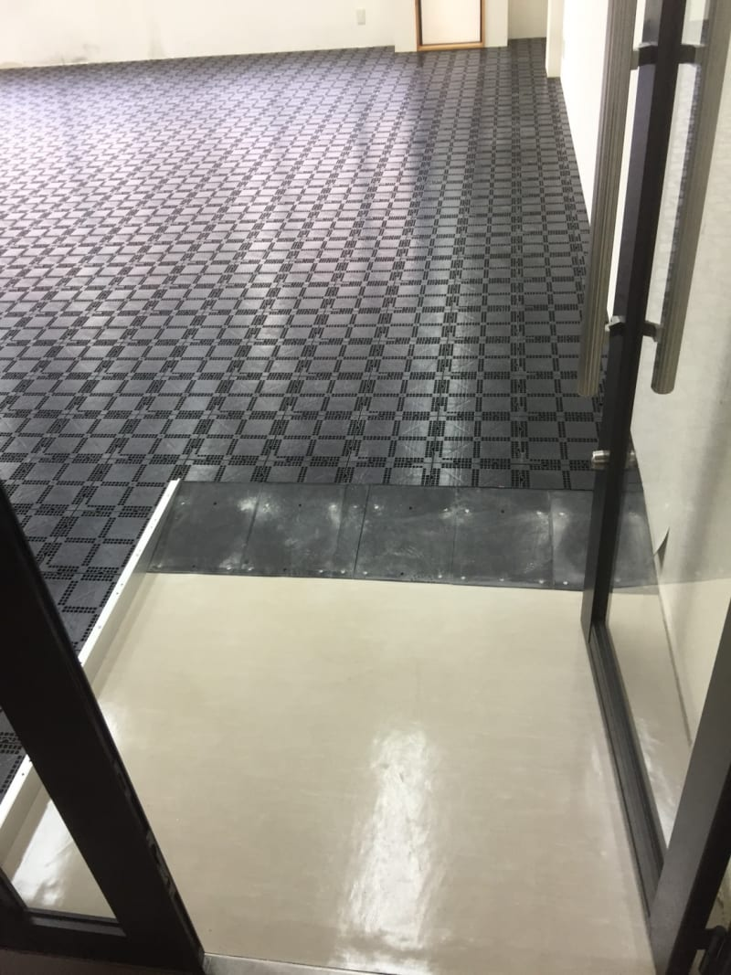 新規事務所入居へのOAフロア工事の施工例