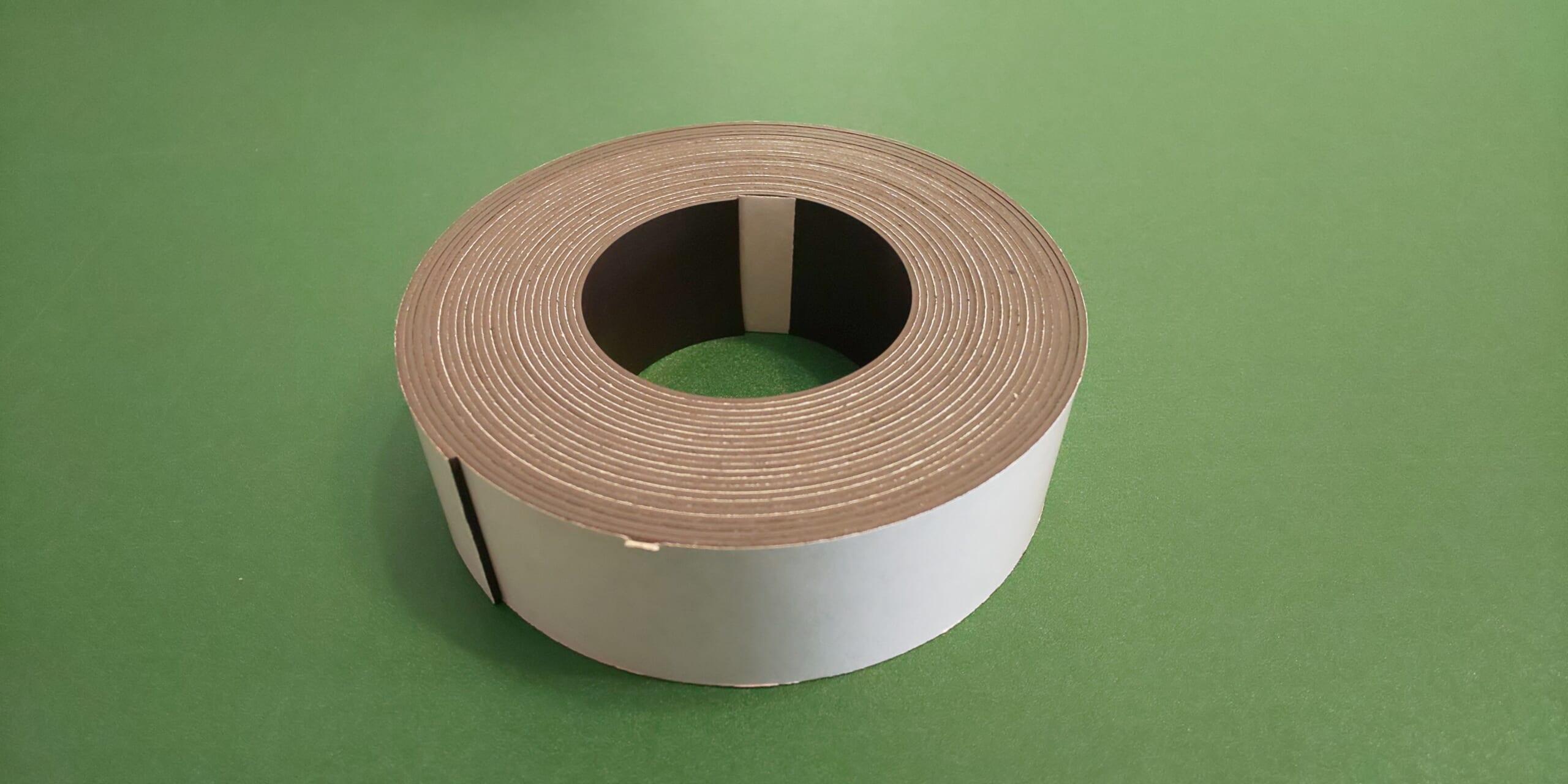 Dmark-magnet-tape305